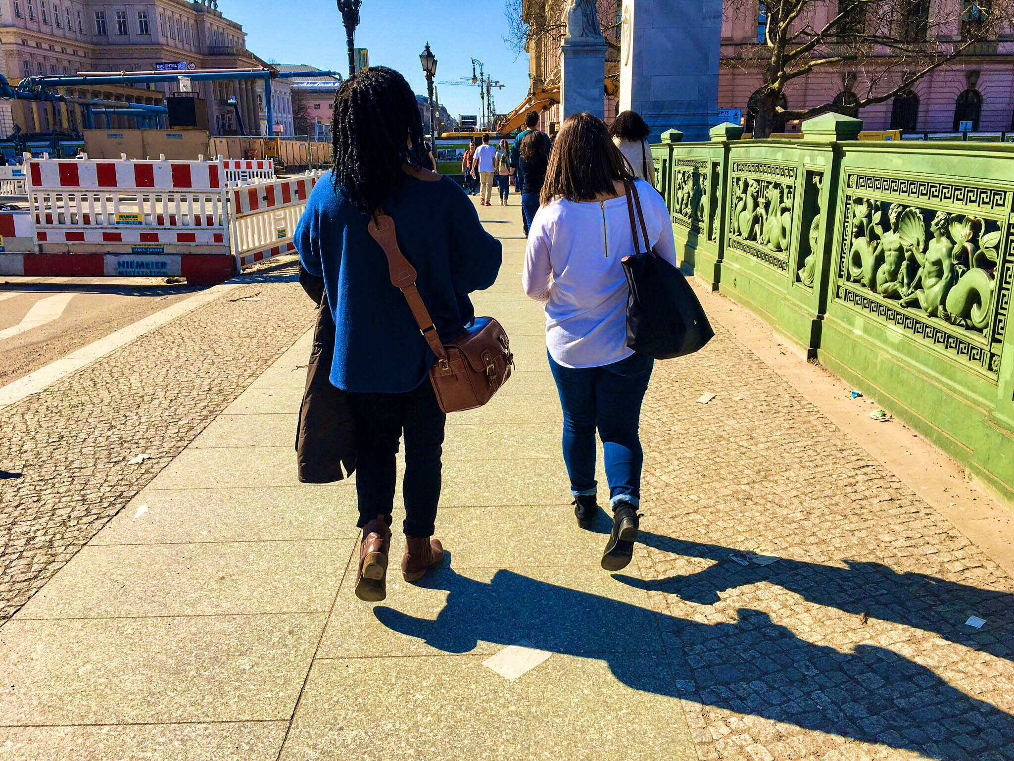 How to Find Your Travel Buddy • Sojournies